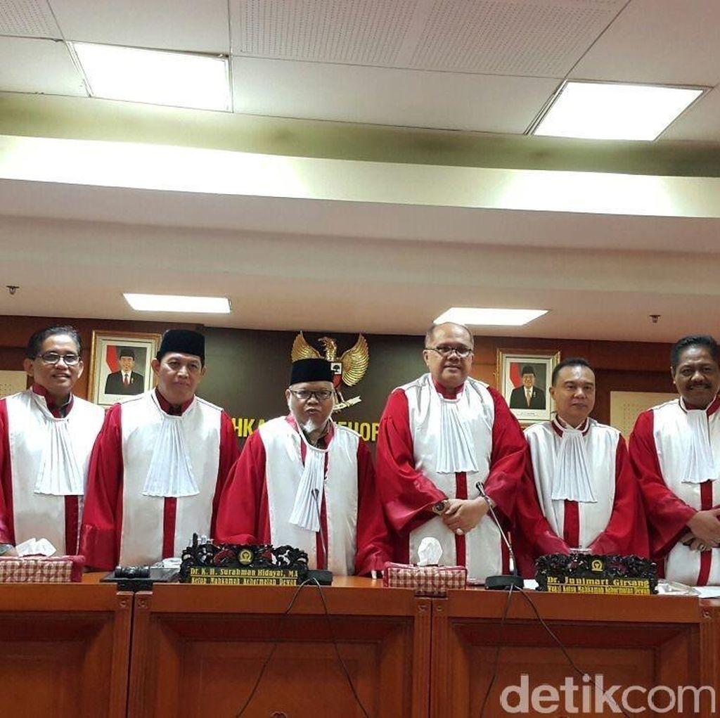 Anggota Golkar Berulah, Rapat MKD Soal Sidang Novanto Diskors