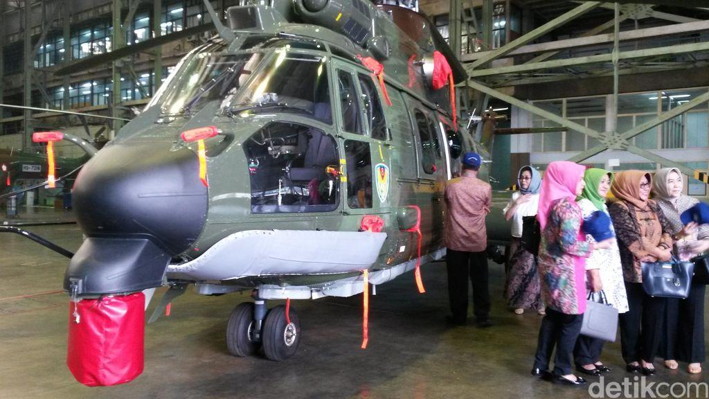 Awal Tahun Depan, PT DI Serahkan 6 Helikopter EC 725 pada TNI AU