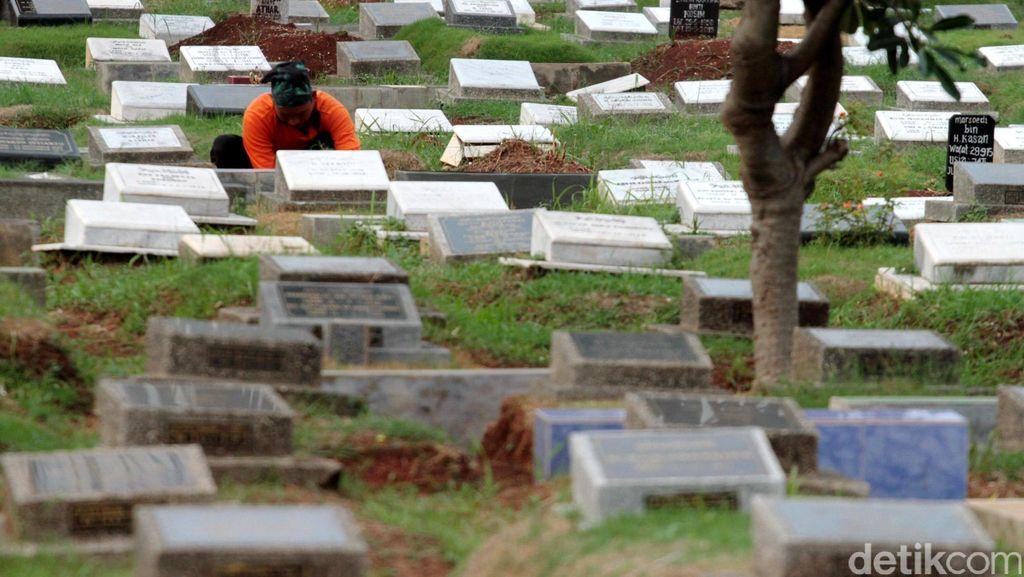 Melihat Aliran Dana Hasil Nilep Honor Para Penggali Kubur di Jakbar