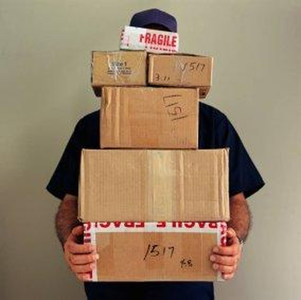 Tanpa Keterangan, Paket dari Semarang Belum Diterima