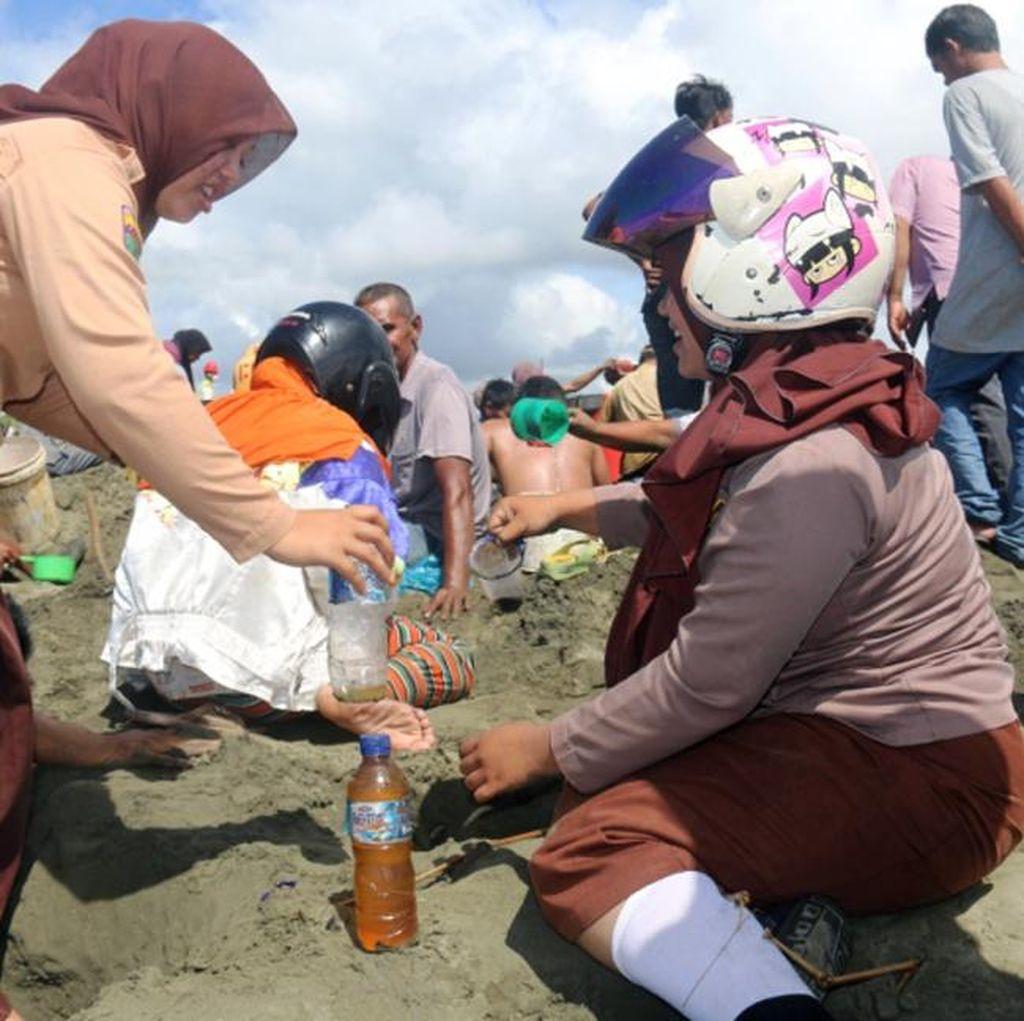 Minyak yang Keluar dari Pasir Pantai Aceh Barat Ternyata Milik Pertamina