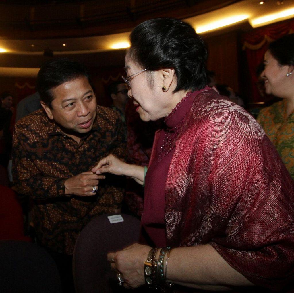 Saat Novanto Menyapa Ramah Megawati di Acara Ketoprak PDIP