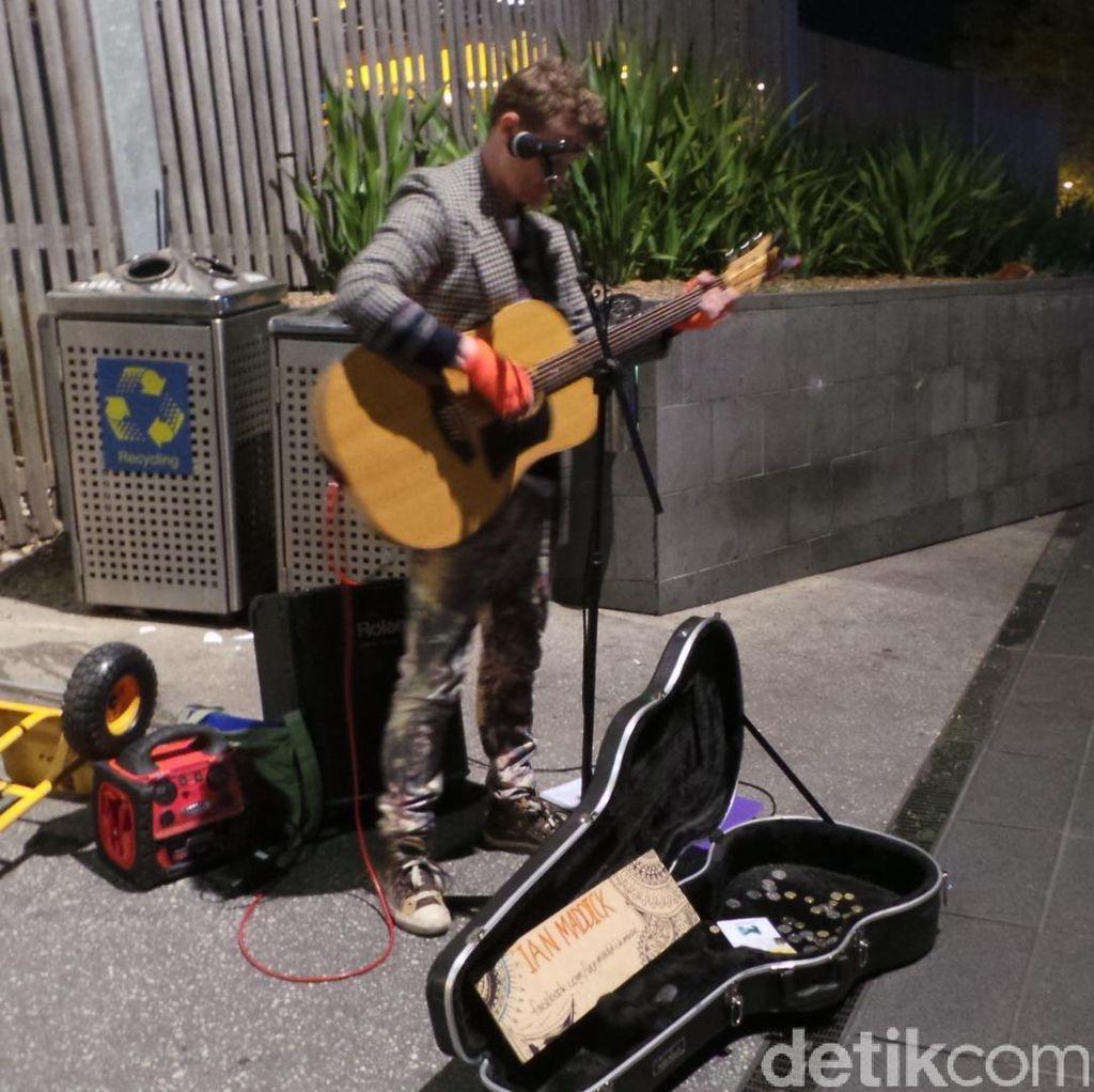 Kisah Pengamen Jalanan Melbourne: Lewat Audisi hingga Raup Rp 8 Juta/Hari
