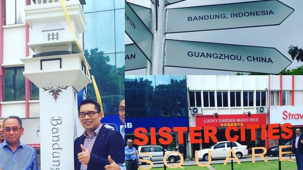 Kerja Sama Sister City, Ridwan Kamil Resmikan Monumen Bandung di Malaysia