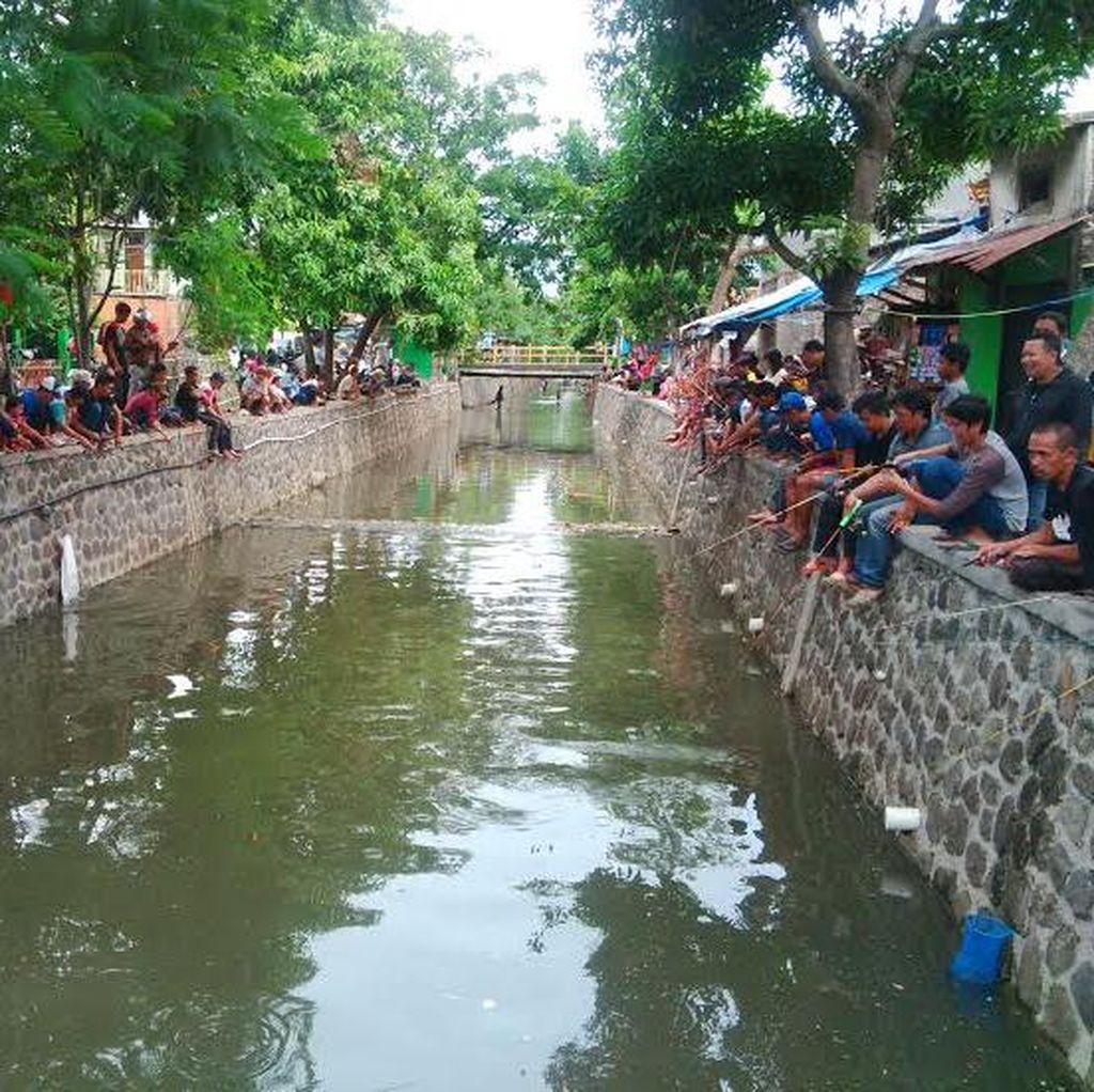 Begini Kalau Sungai di Bandung Tanpa Sampah: Bisa Mancing dan Arung Jeram