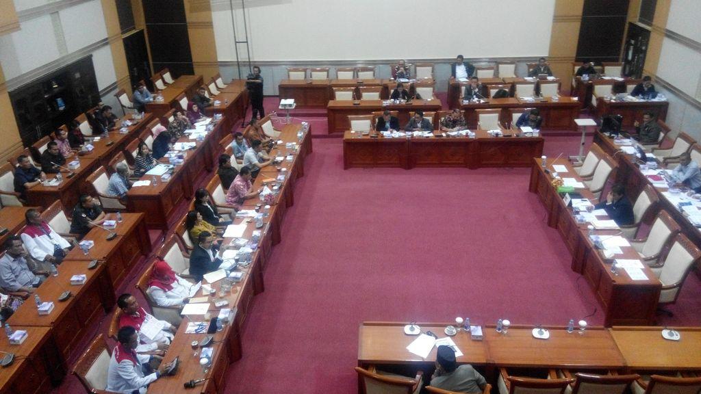 Dear Komisi III DPR, Apa Benar Anda Peduli pada Pemberantasan Korupsi?