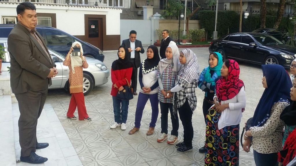 KBRI Kairo Pulangkan 13 TKI Bermasalah ke Tanah Air