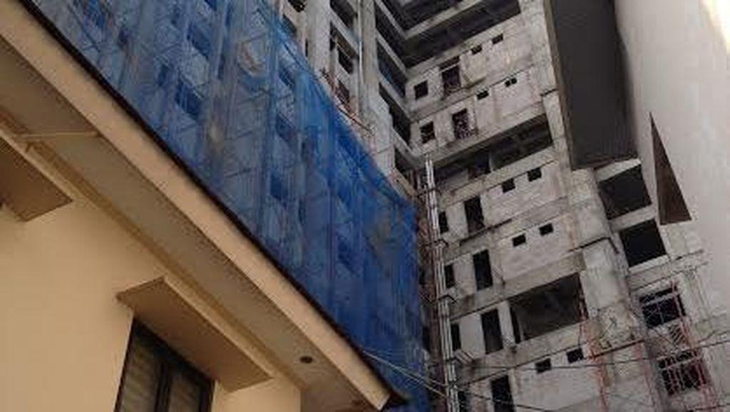 Material Bangunan Timpa Gedung Polhukam, Total Ada 5 Orang Terluka