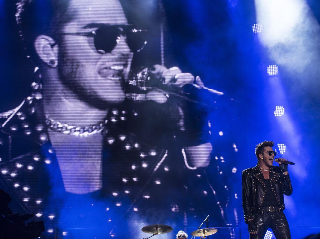 Adam Lambert Ditolak di Singapura!