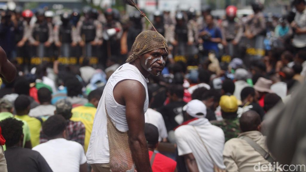 Polisi Tak Akan Beri Ampun Lagi pada Rombongan Pendemo yang Langgar Lalin