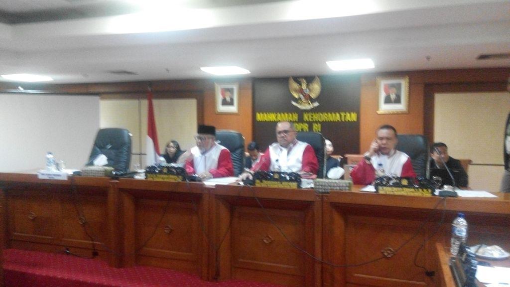 Ridwan Bae Berulah di Sidang MKD, Halangi Sudirman Buka-bukaan Soal Novanto