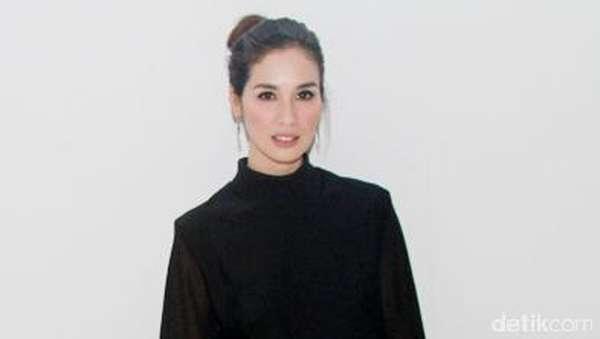 Marsha Timothy, Beauty in Black