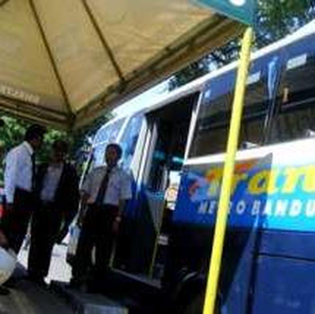 Bus Sering Mogok, Kini Hanya 4 Bus TMB yang Tiket Elektronik