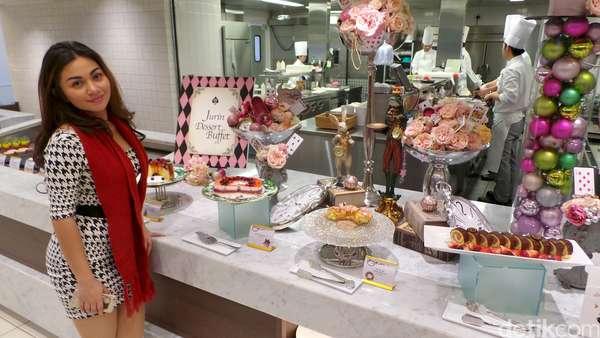 Menikmati Sore di Jepang ala Ariel Tatum
