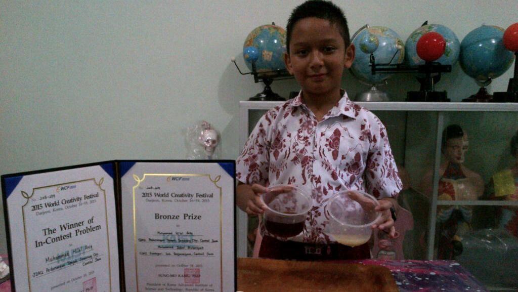 Sulap Obat Merah Jadi Bening, Siswa SD Semarang Sabet Medali di Korsel