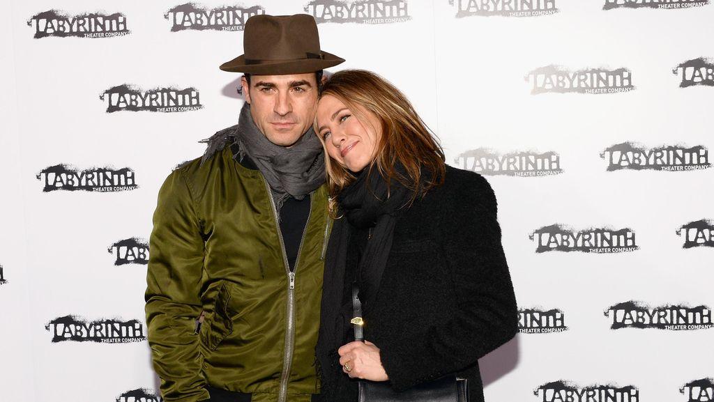 Justin Theroux Hampir Tenggelam Saat Bulan Madu Bareng Jennifer Aniston