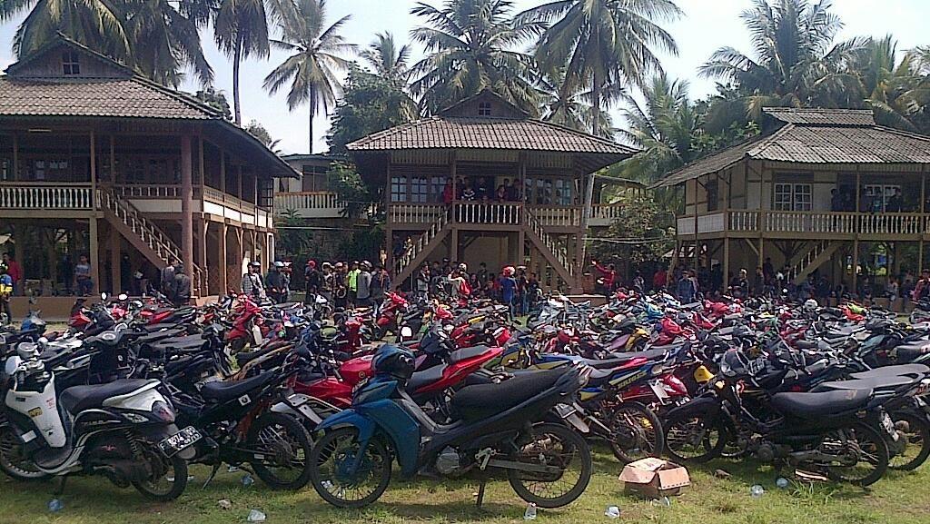 Pemuda Bermotor yang Terkepung di Villa Pelabuhan Ratu Dievakuasi Polisi