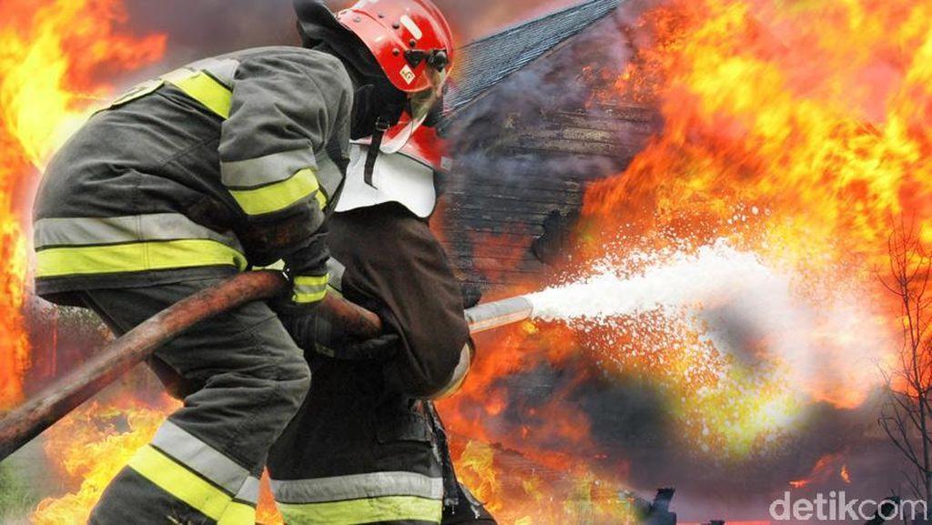 Gudang Obat Nyamuk di Tangerang Terbakar, 3 Unit Damkar Dikerahkan