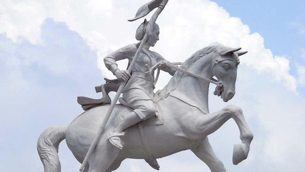 Patung Kuda di Kulonprogo dan Sosok Nyi Ageng Serang yang Terlupakan