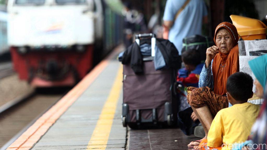 Cerita Warga Berburu Tiket Kereta untuk Mudik Tapi Gagal
