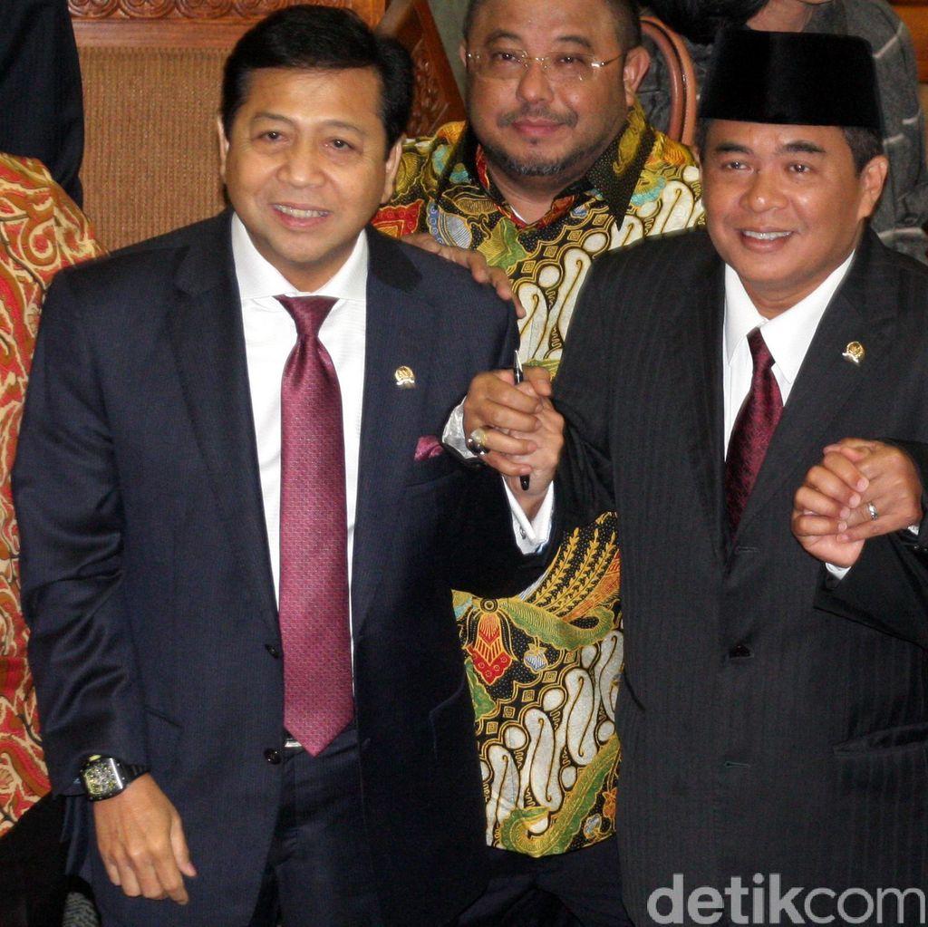 Saat Novanto dan Akom Berlomba Merebut Hati Pemerintah