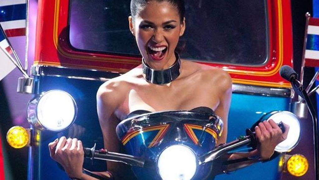 Cerita Unik Kostum Mirip Bajaj, Busana Nasional Terbaik di Miss Universe