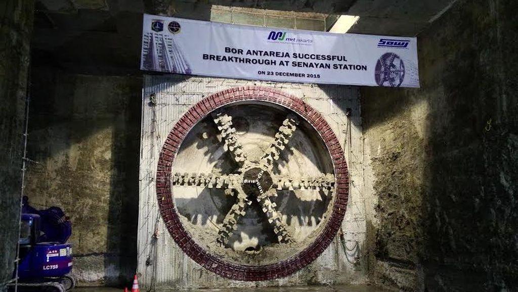 Pembangunan MRT dengan Bor Antareja II Sudah Sampai Stasiun Istora