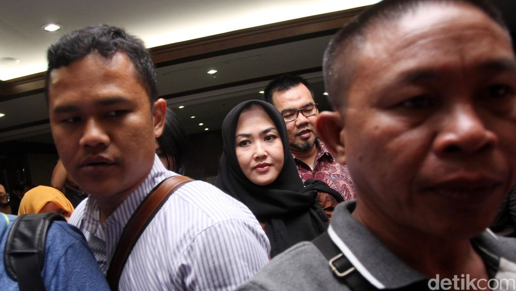 Pendukung Budi Antoni Sempat Larang Wartawan Memotret