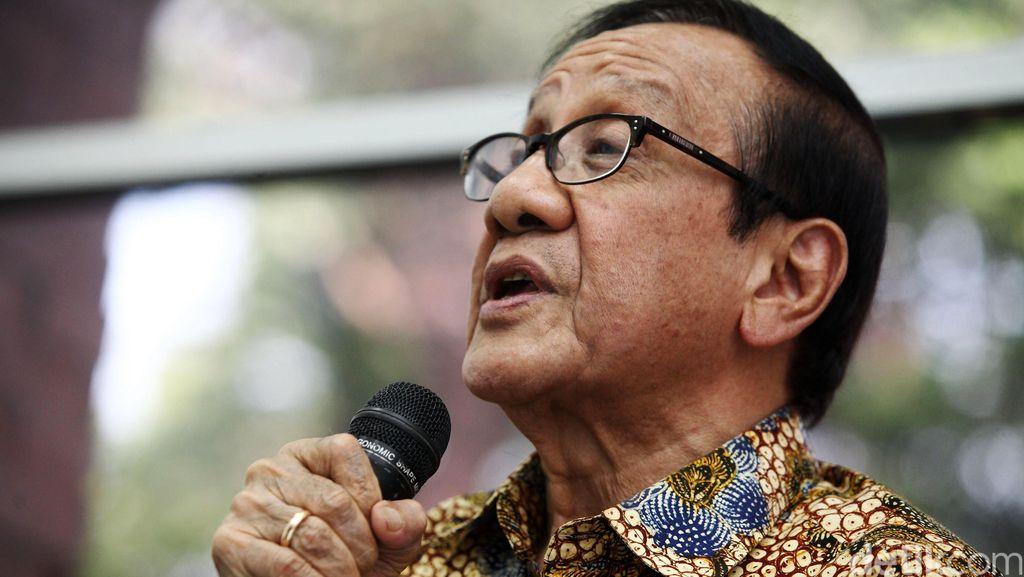 Akbar Diminta Habibie Mediasi Pertemuan dengan Ical dan Agung Laksono