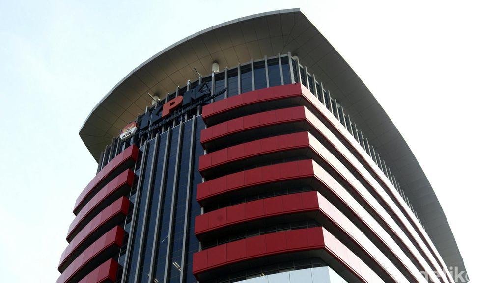 Selain Hakim, KPK Juga Tangkap Pengacara Pemberi Suap