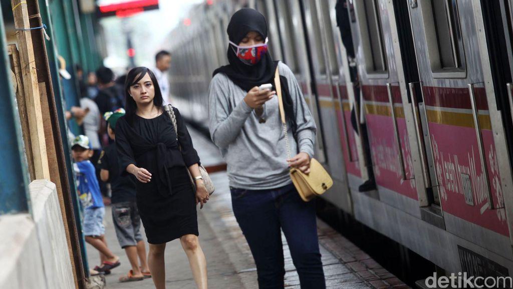 Mulai Hari Ini, Bayar Tiket Commuter Line Bisa Untuk Pulang Pergi