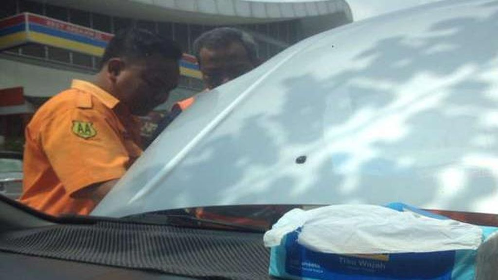 Tarif Derek Jasa Marga Rp 450 Ribu, Pengendara ini Akhirnya Pilih Jasa Car Towing