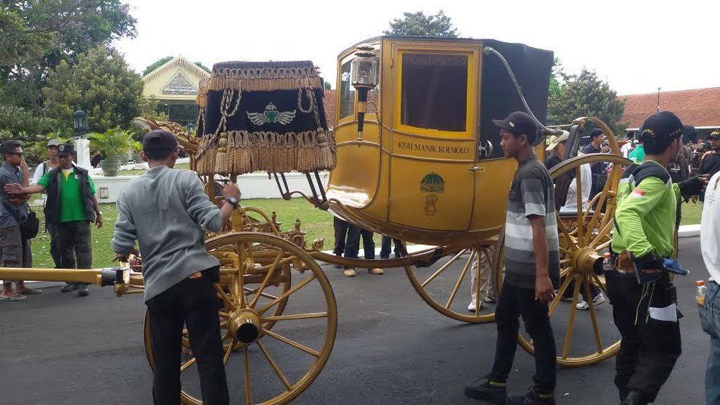 Kyai Manik Koemolo, Kereta Berumur 2 Abad Yang Akan Dinaiki Paku Alam X