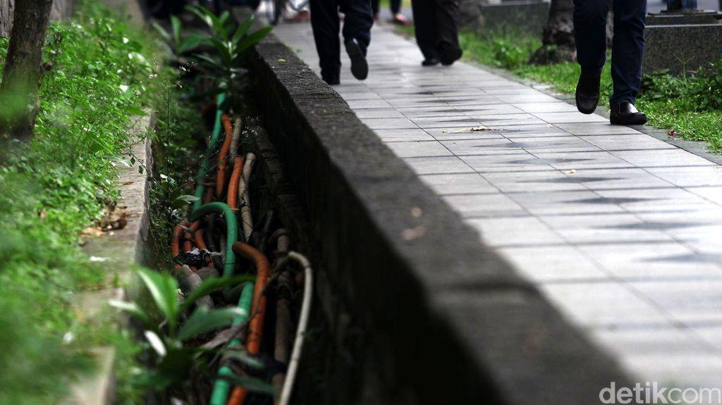 Dinas Tata Air DKI Sebut Kabel Utilitas Sebabkan Banyak Genangan