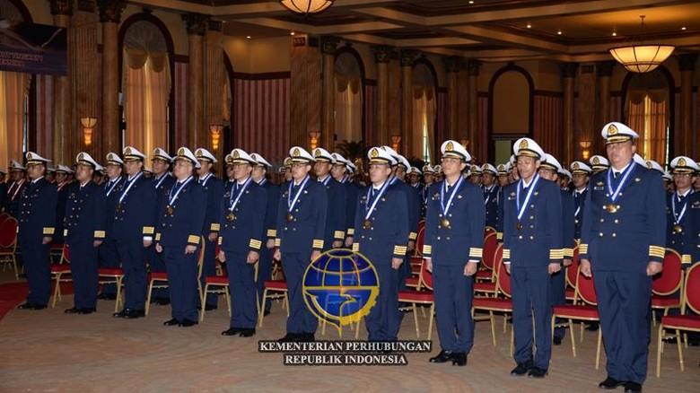TNI AU Minta Sipil Tak Gunakan Seragam Militer, Ini Penjelasan Lengkapnya