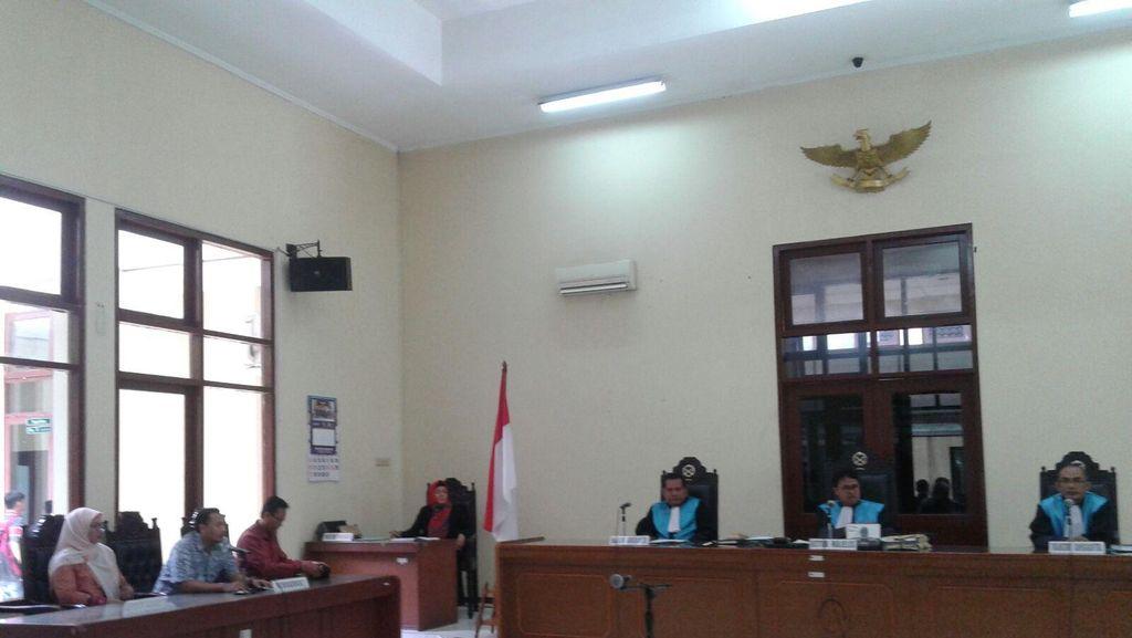 Gugat Pencopotannya Sebagai Kepsek SMA 3 DKI, Retno Menang di PTUN