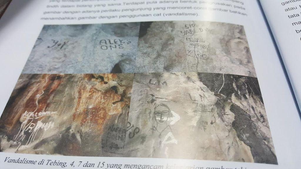 Gambar Peninggalan Era Prasejarah di Kaimana Dicoret-coret Pengunjung Nakal