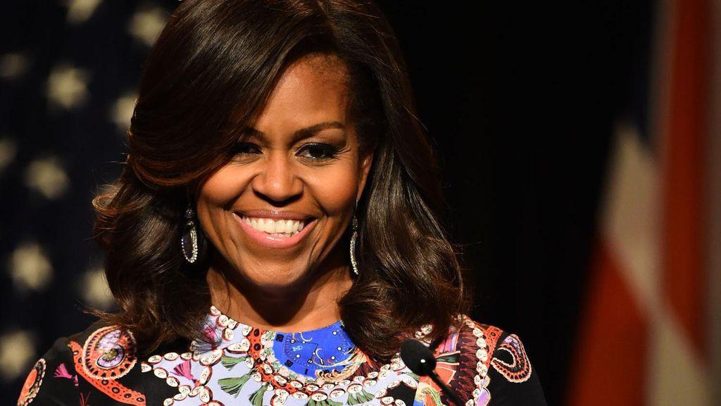 Keseruan Carpool Karaoke Michelle Obama Mengelilingi Gedung Putih