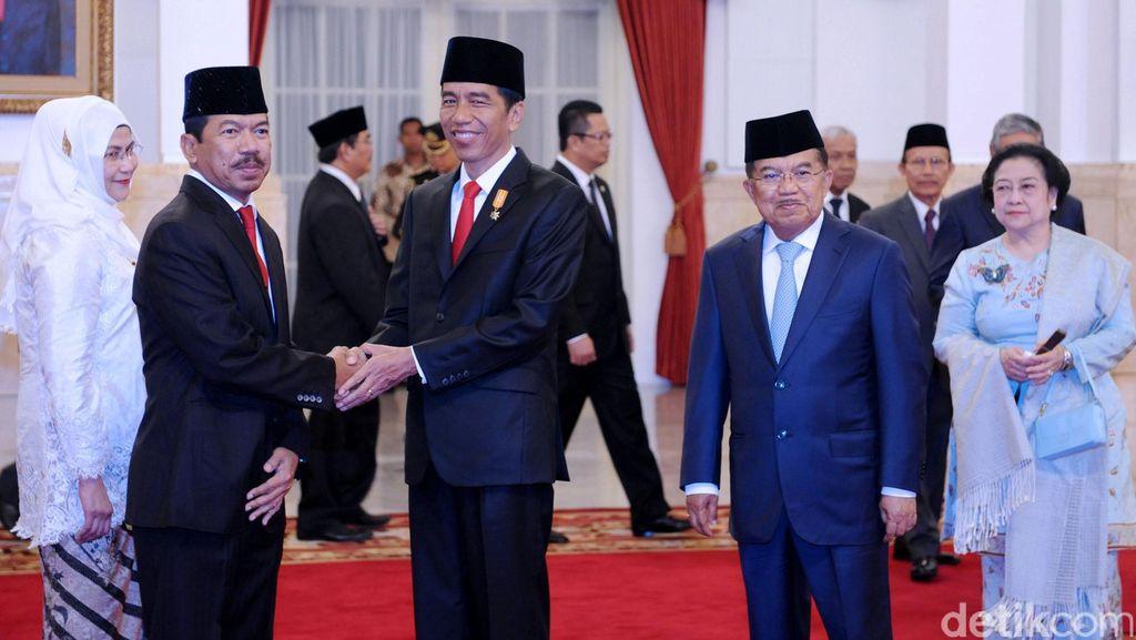 Megawati Datang ke Istana, Hasto: Tak Ada Pembahasan Reshuffle