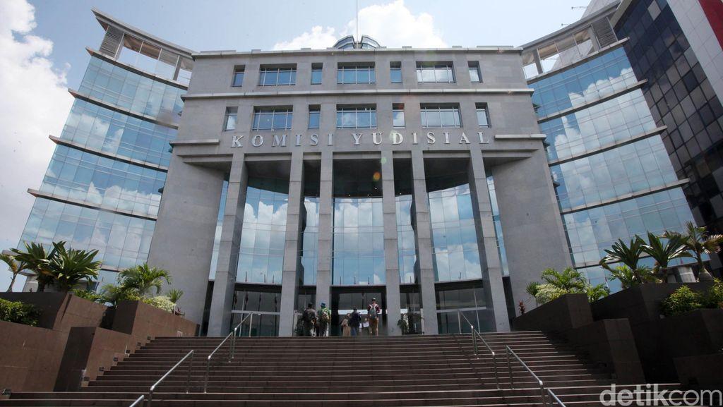 DPR Protes Anggaran KY untuk Pengawasan Hakim Dipotong Rp 38 Miliar