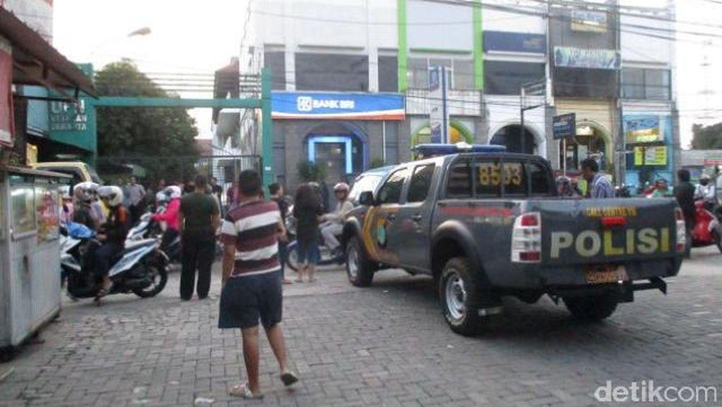Ogah Bayar, 2 Mahasiswa Duel dengan Tukang Parkir di Jaksel