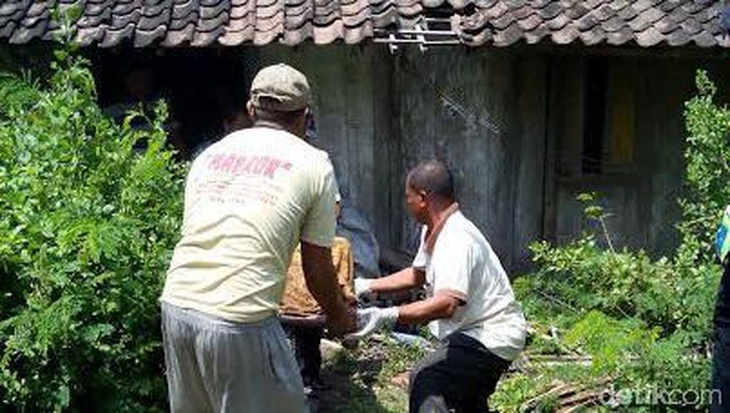 Seorang Nenek Pemulung Kaya di Ngawi Ditemukan Tewas