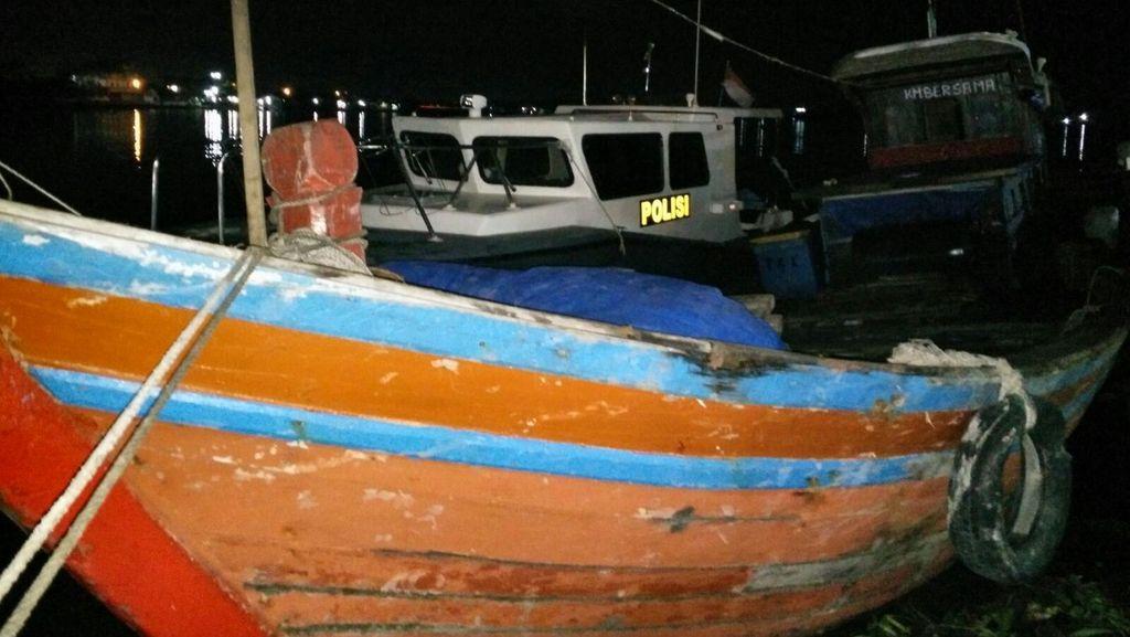 Tak Dilengkapi Izin Berlayar, Kapal Pembawa WNA Tujuan Malaysia Diamankan
