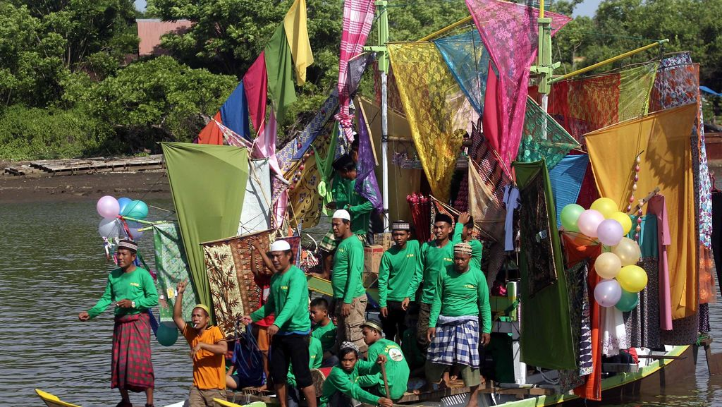 Uniknya Peringatan Maulid Nabi Maudu Lompoa di Cikoang Sulsel