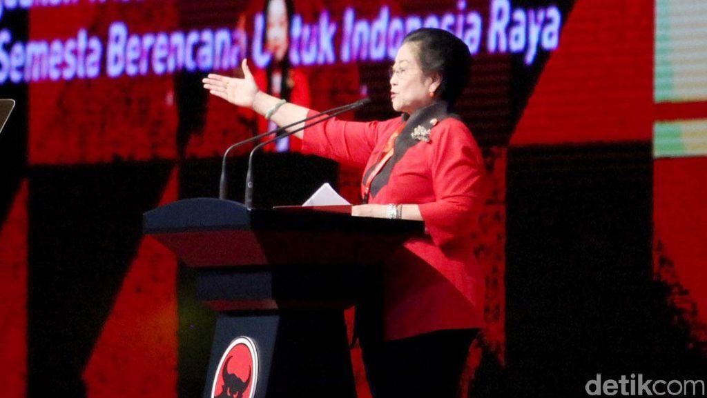 Beri Sinyal Dukung Ahok, PDIP: Bu Mega Akan Beri Kejutan Indah ke Rakyat DKI