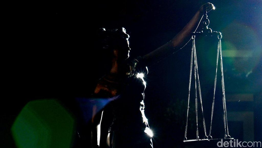 Keserakahan Pejabat Negara dan Daftar Orang yang Dicabut Hak Politiknya