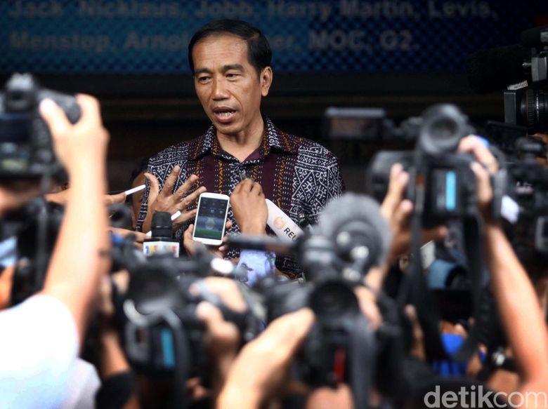 Jokowi: Pangdam dan Kapolda Tak Mampu Atasi Kebakaran Hutan, Copot!
