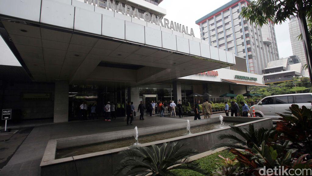 Singapura Tingkatkan Pemeriksaan Keamanan Usai Teror Bom Jakarta