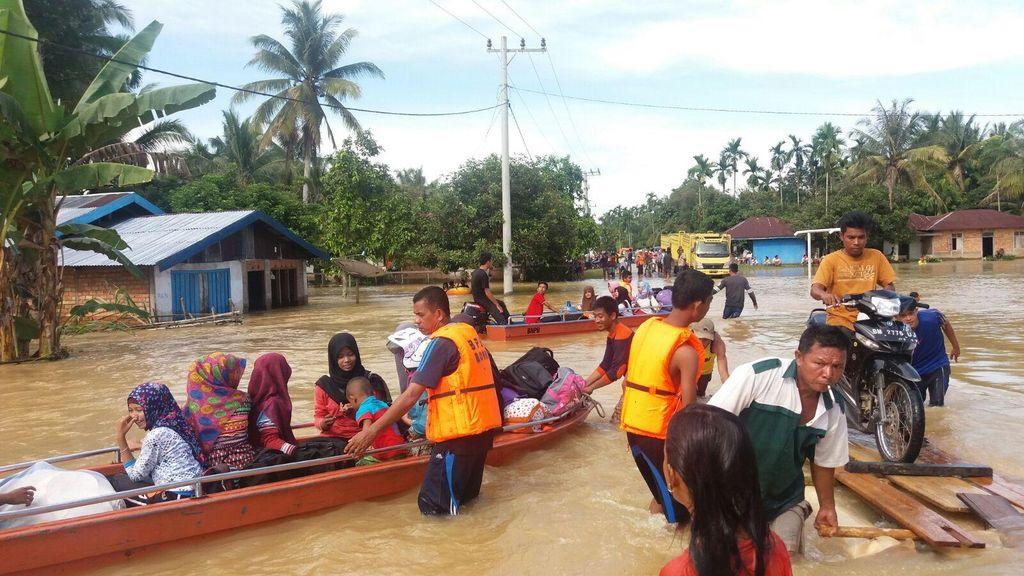 Diguyur Hujan Deras, Desa di Kabupaten Rohul Diterjang Banjir