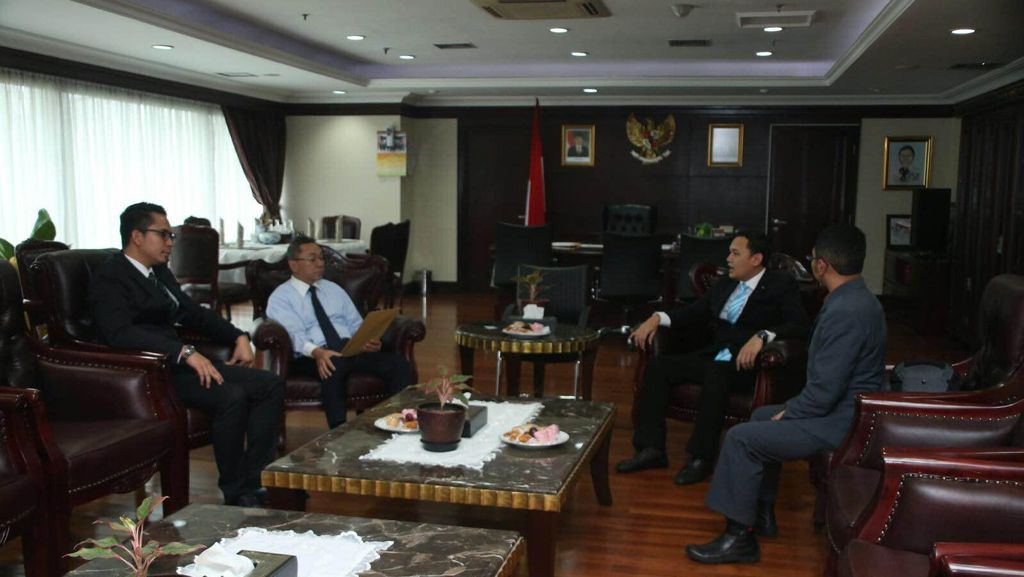 Lantik 9 Anggota Baru, Ketua MPR Singgung Soal dr Rica dan Teror Thamrin